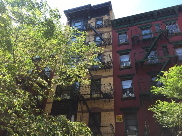 11473117_icon-realty-picks-up-elizabeth-street-tenement_b40882c2_m