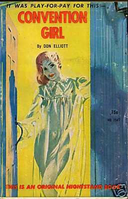 elliott-convention-girl